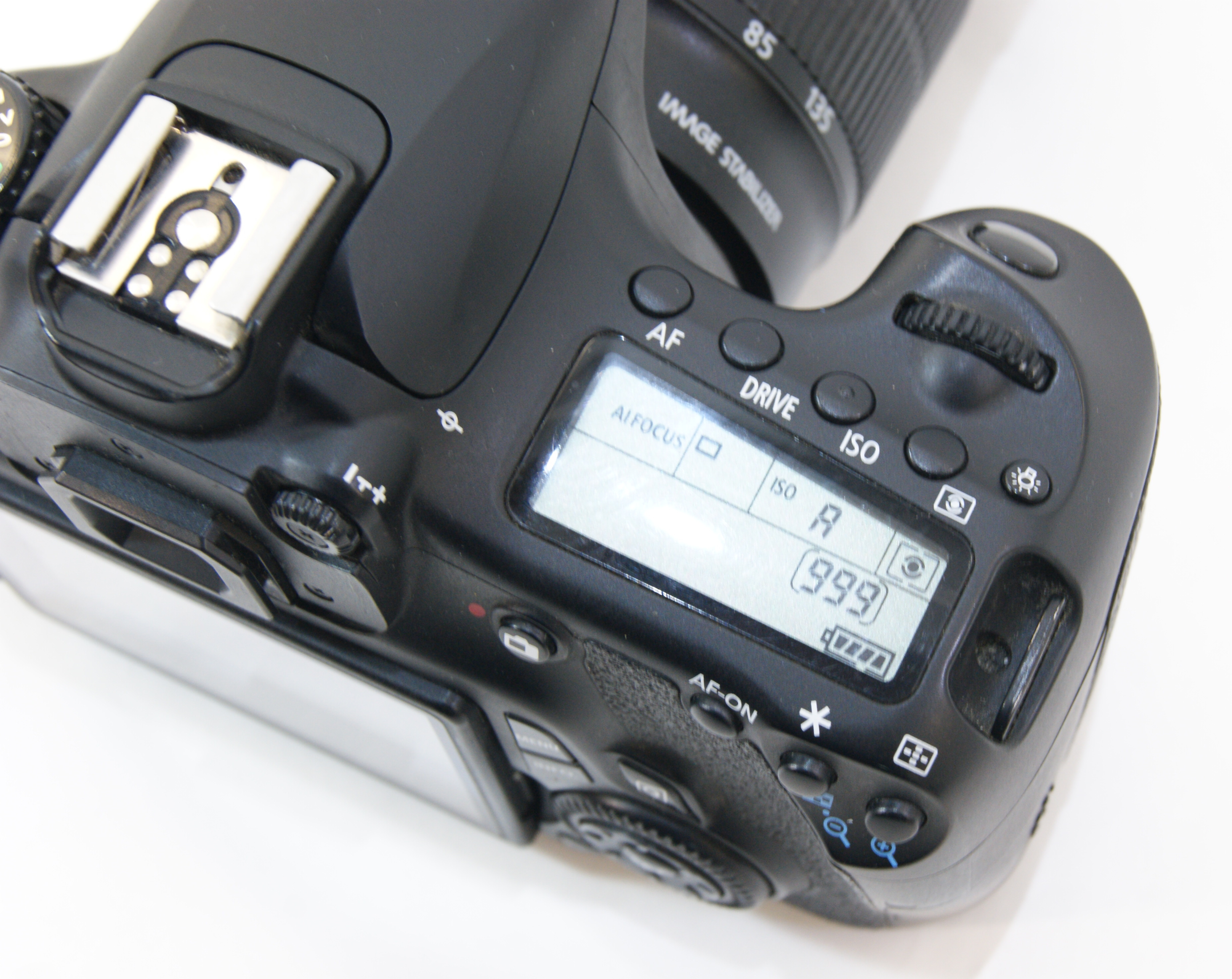 фотоаппарат полупрофессиональный кэнон дома