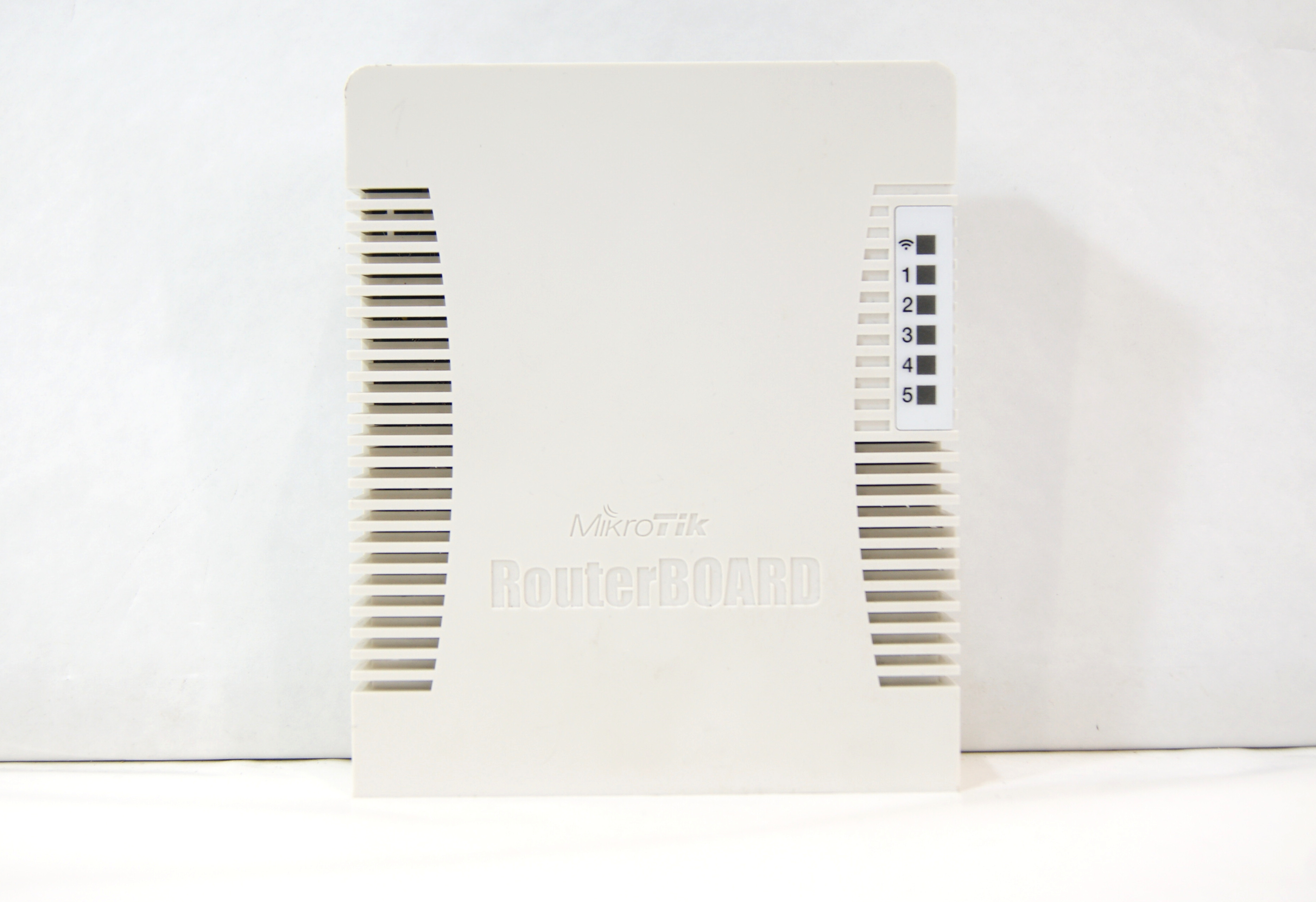 WiFi маршрутизатор MikroTik RB951Ui-2HnD - Pic n 266147