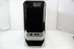 Корпус Midi-Tower IN WIN J649 (Black — Silver) - Pic n 283365