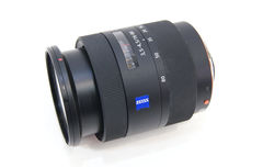 Объектив Sony Carl Zeiss 16-80mm SAL1680Z